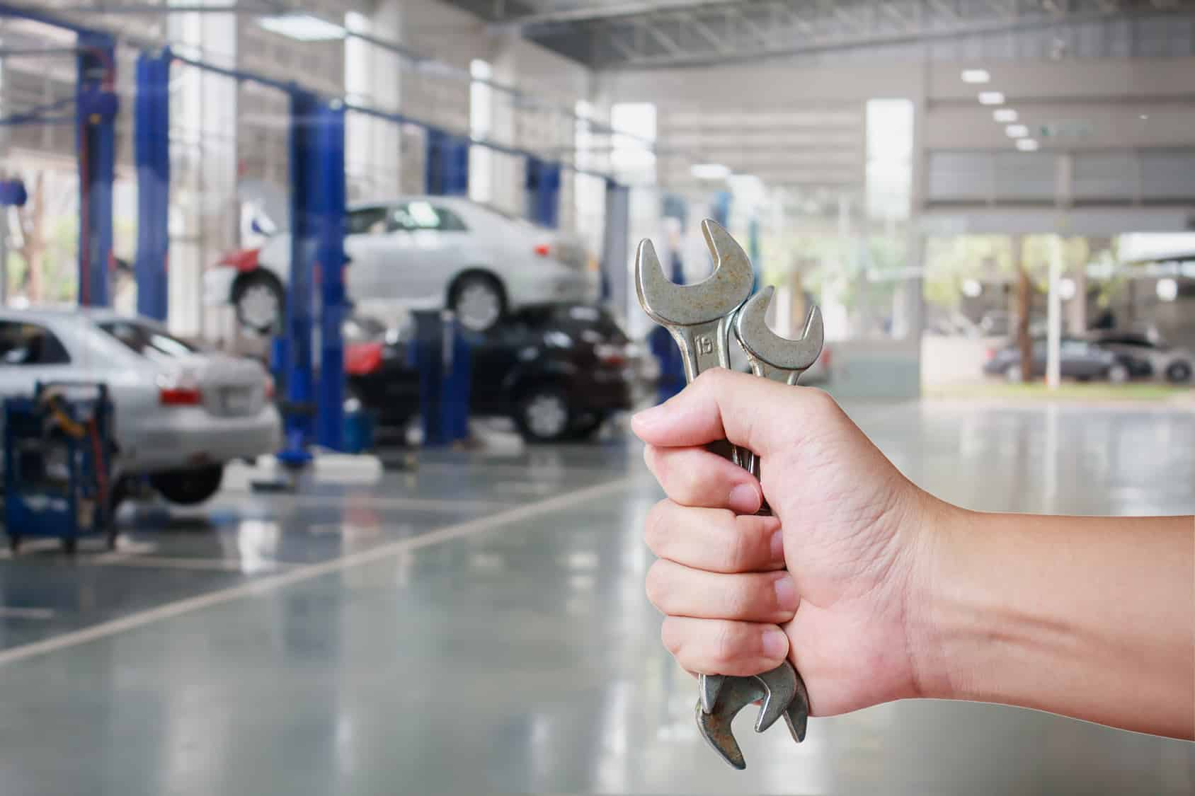 Usługi sprzątania dla warsztatów samochodowych