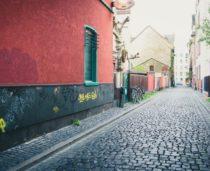mycie ścian usuwanie grafitti