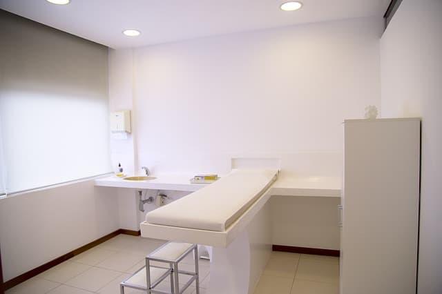 Czyszczenie pokoi socjalnych (pielęgniarki i lekarze)