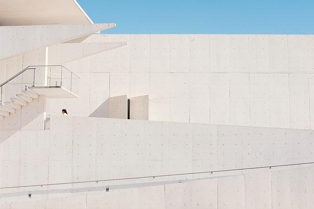 Mycie fasad oraz elewacji obiektów publicznych